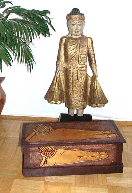 selten truhe buddhamotiv 54cm gold holz handarbeit deko ebay. Black Bedroom Furniture Sets. Home Design Ideas